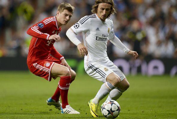 Modric (8): El croata ha vuelto a ser el jugador de hace dos meses, cuan...