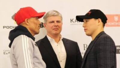 Ruslan Provodnikov y José Luis Castillo frente a frente (Foto: Twitter).