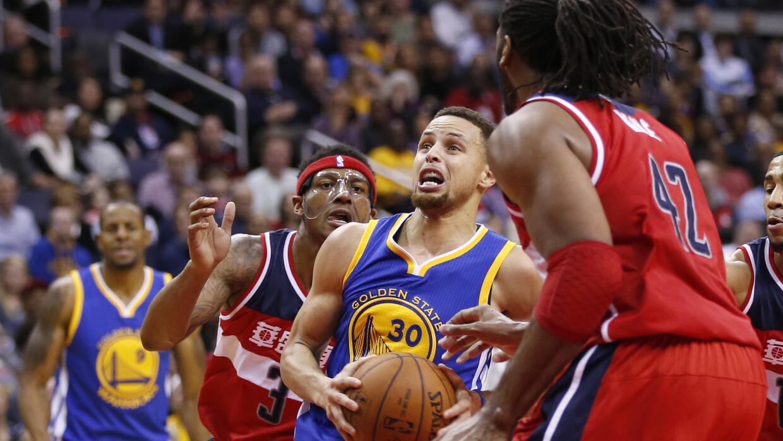 Wall lideró a los Wizards con 10 asistencias y 41 puntos.