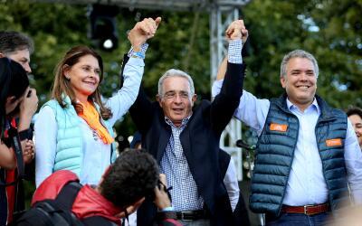 Iván Duque y la candidata a la vicepresidencia Marta Lucía...