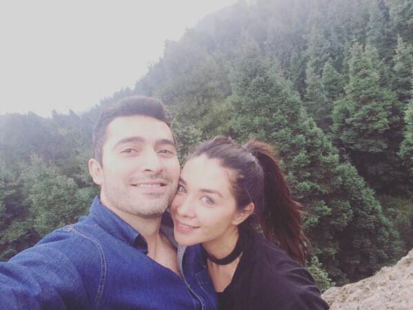 Daniela Luján y su novio