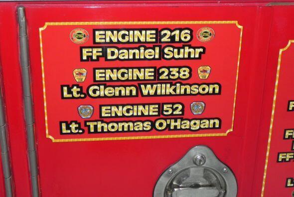 Carro bombero recuerda a sus caídos el 9/11 cd619180077740d291c9d9157cab...