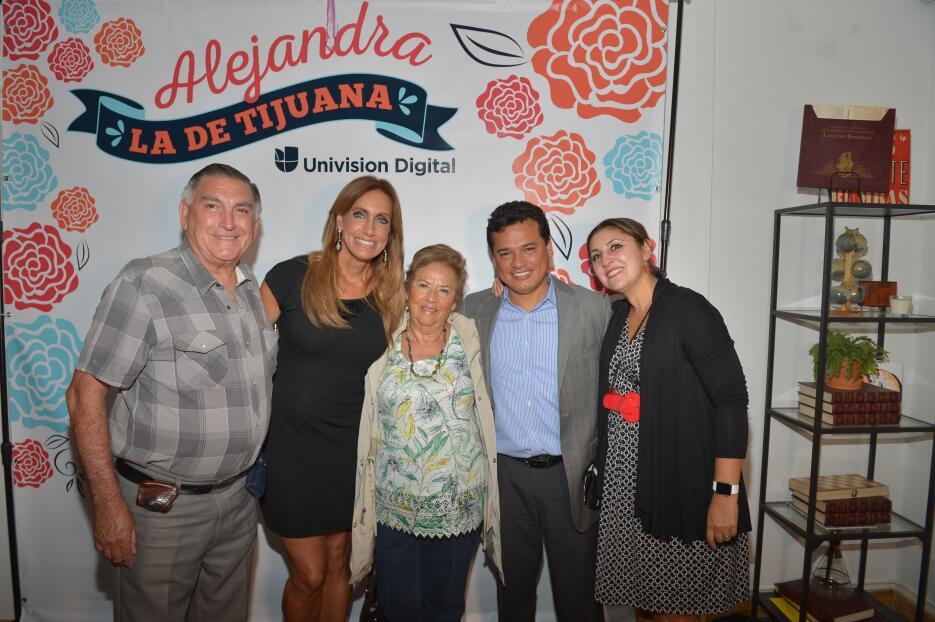#AleLaDeTijuana tuvo invitados VIP DSC_8404.JPG