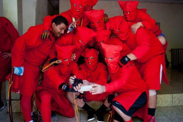 """Se trata de los """"Talgucines"""", son parte de una antigua tradición de Sema..."""