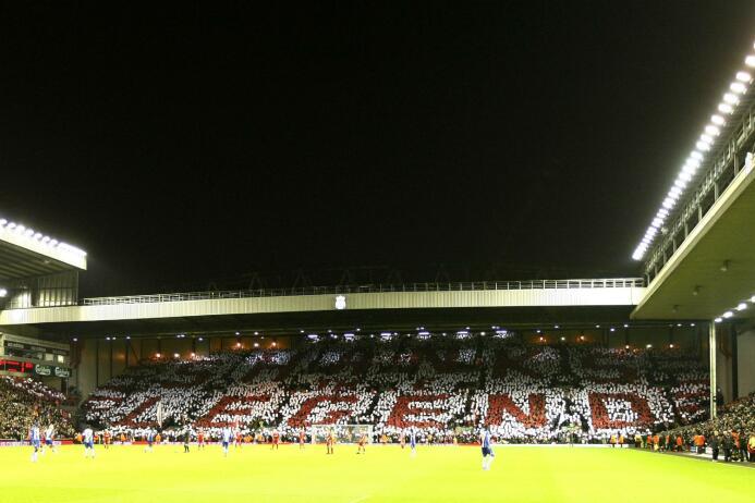 ¿El desangelado mosaico del América? AP-Liverpool 2.jpg