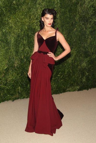 La modelo Crystal Renn acudió a los premios junto a su amigo el diseñado...