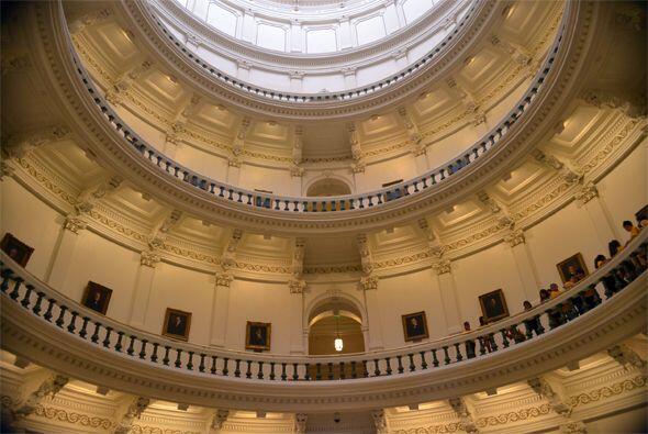 No dejes de visitar la capital de Texas: Austin.La ciudad es famosa por...