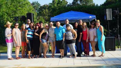 Gran recibimiento a maestros puertorriqueños que trabajarán en Oklahoma.