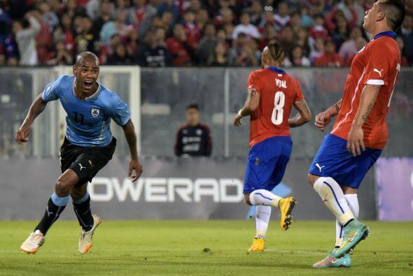 Diego ROlán y Álvaro González marcaron por los charrúas, Alexis Sánchez...