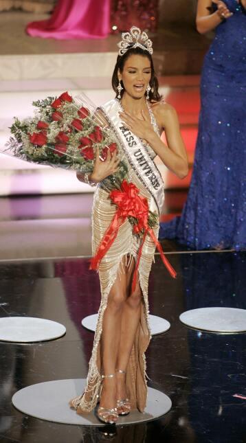 Zuleyka Miss Universo 2005