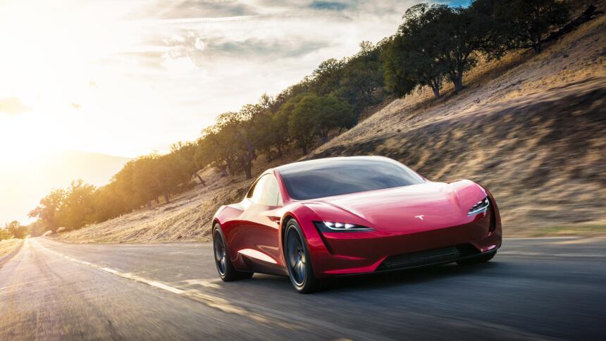 Si todo sale bien, el Tesla Roadster será el auto de producción más rápi...