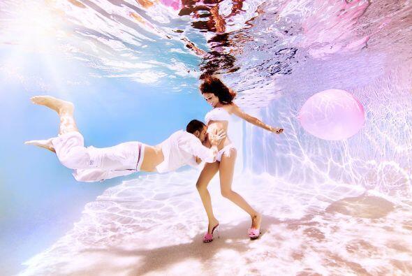 Momentos de intimidad y romanticismo con el gran efecto que el agua brinda.