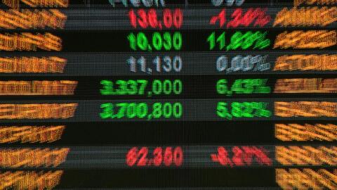 Las transacciones en el mercado de divisas superan los cinco billones de...