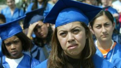 Miles de jóvenes hispanos seguirán a la espera de la aprobación del Drea...