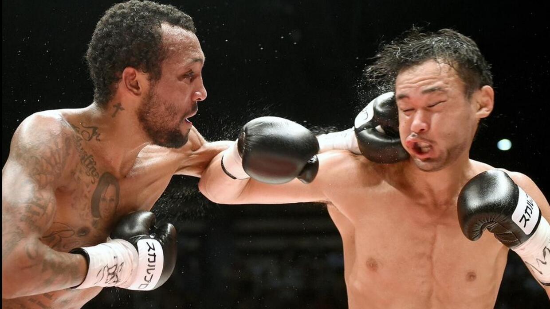 'Chemito' y Yamanaka dieron buena pelea.