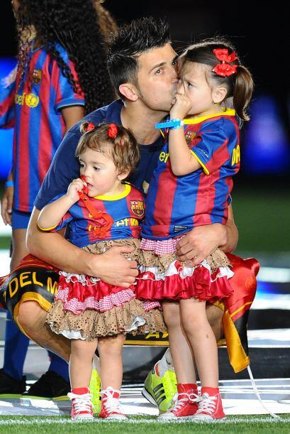 El jugador y su esposa Patricia tienen a Zaida, de siete años, Olalla de...
