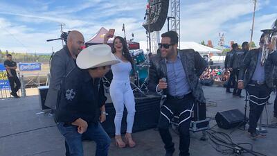 Así zapatearon y gozaron El Bueno, La Mala y El Feo al ritmo de La Chacaloza