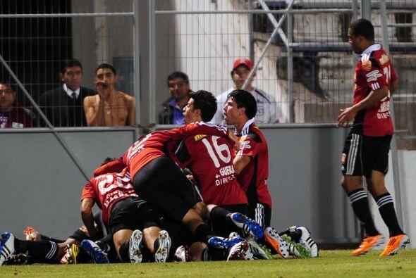 La sorpresa de la fecha la dio el Caracas que derrotó 3-1 a Universidad...
