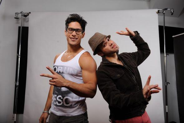 Chino y Nacho sí saben tener un look de artistas. ¿Te gust...