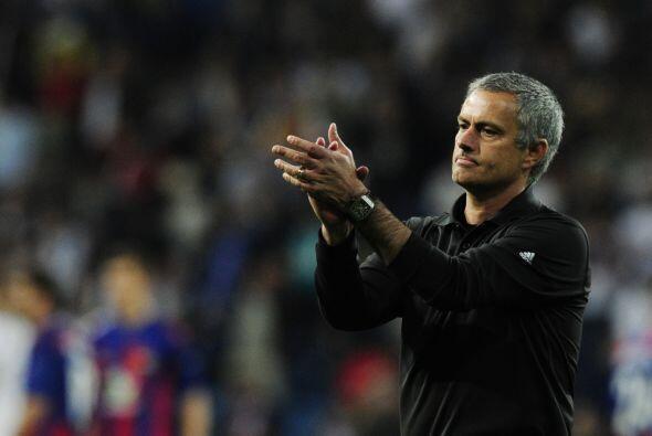 Según el acta de Paradas Romero, la expulsión de Mourinho se debió a una...