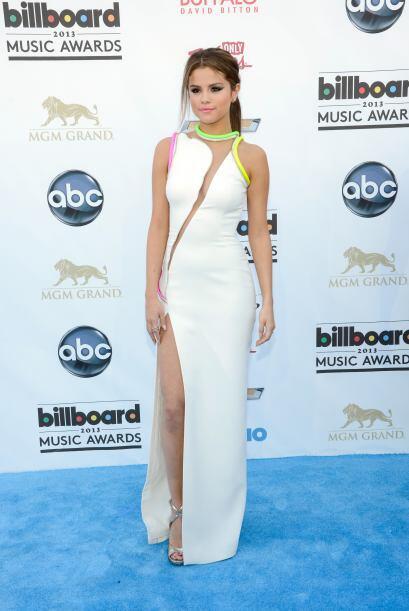 Selena Gomez sabe cómo cuidar cada aspecto de su 'look' y gracias a ello...