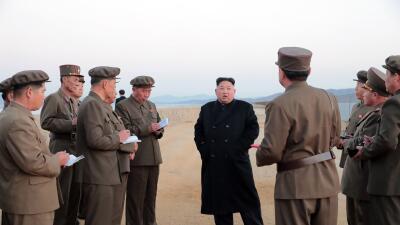 """Corea del Norte prueba una misteriosa """"arma táctica de alta tecnología"""" (y no es un misil)"""