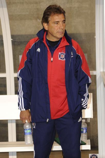 Al terminar su contrato con la selección azul, De Los Cobos tomó al Chic...