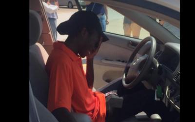 Un joven recibió un auto luego de que un vecino de Rockwall en Te...