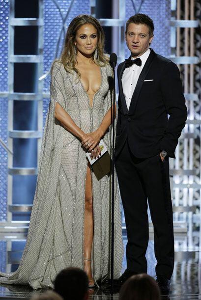 Jeremy Renner se burló de los 'globos' de Jennifer Lopez.