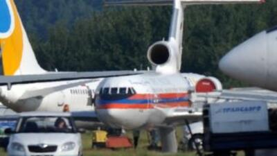 E avión, un modelo Yak-24 de fabricación rusa, se estrelló a dos kilómet...