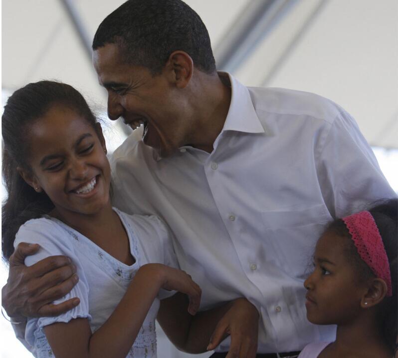 8 lecciones prácticas sobre educación que dejan los Obama como padres Ca...