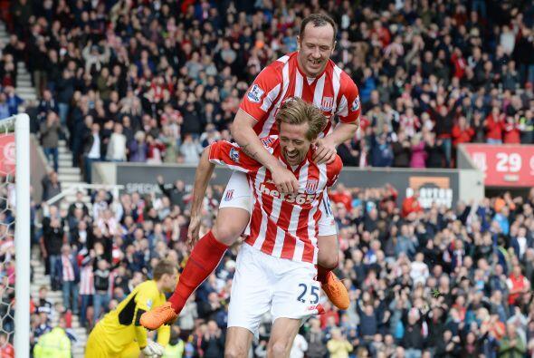 El Stoke City mantendría su dinámica y ritmo ofensivo y lograría ponerse...