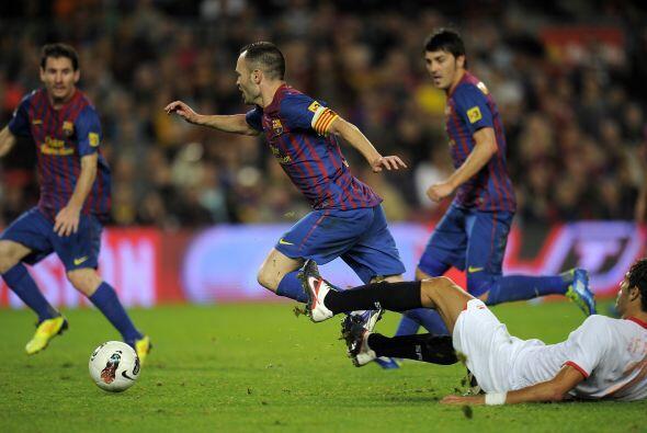 En el minuto 90 Iniesta ingresó al área y fue claramente derribado. El á...