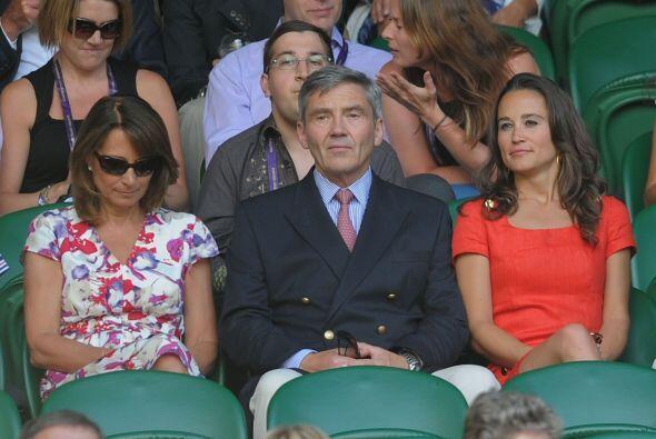 Los Middleton estuvieron muy atentos al encuentro, el cual ganó Andy Mur...
