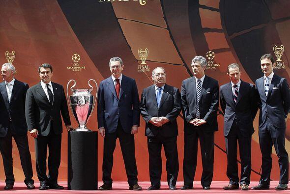 Los grandes personajes del fútbol del viejo continente invitaron al mund...