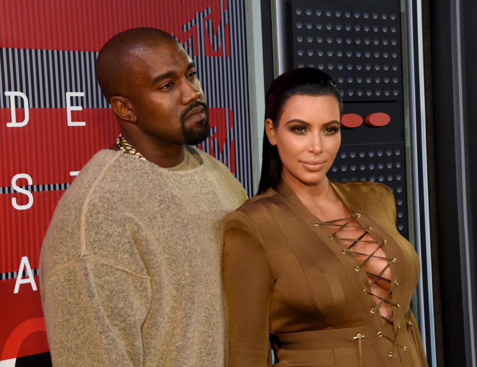 Kanye West Kardashian Jenner