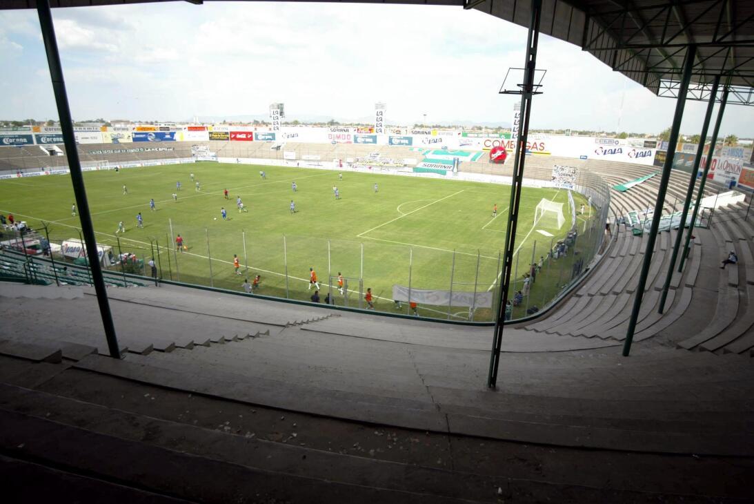 Viejitos pero bonitos: los estadios del recuerdo de la Liga MX 20020811_...