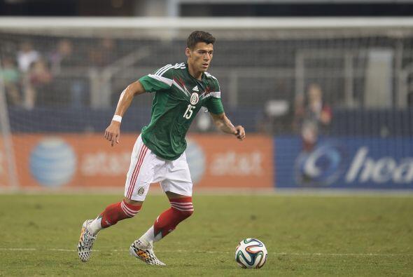 Héctor Moreno (7): El central mexicano es quien comandó la defensa centr...