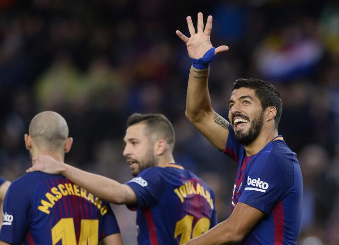 En fotos: Messi comanda la fiesta del Barcelona gettyimages-902238982.jpg