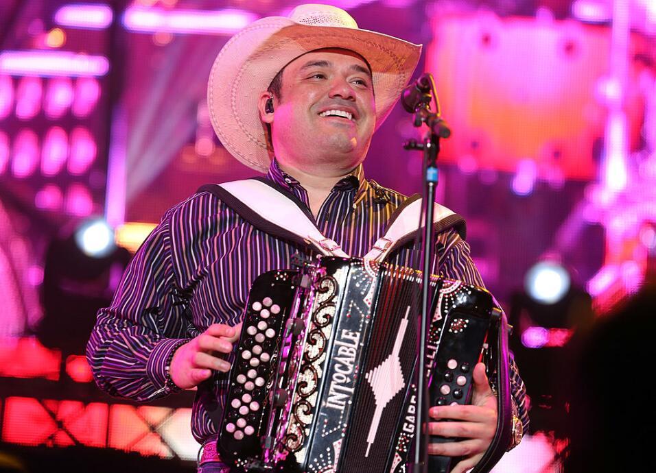 Ricky Muñoz, líder y vocalista de Intocable, anunci&oacute...