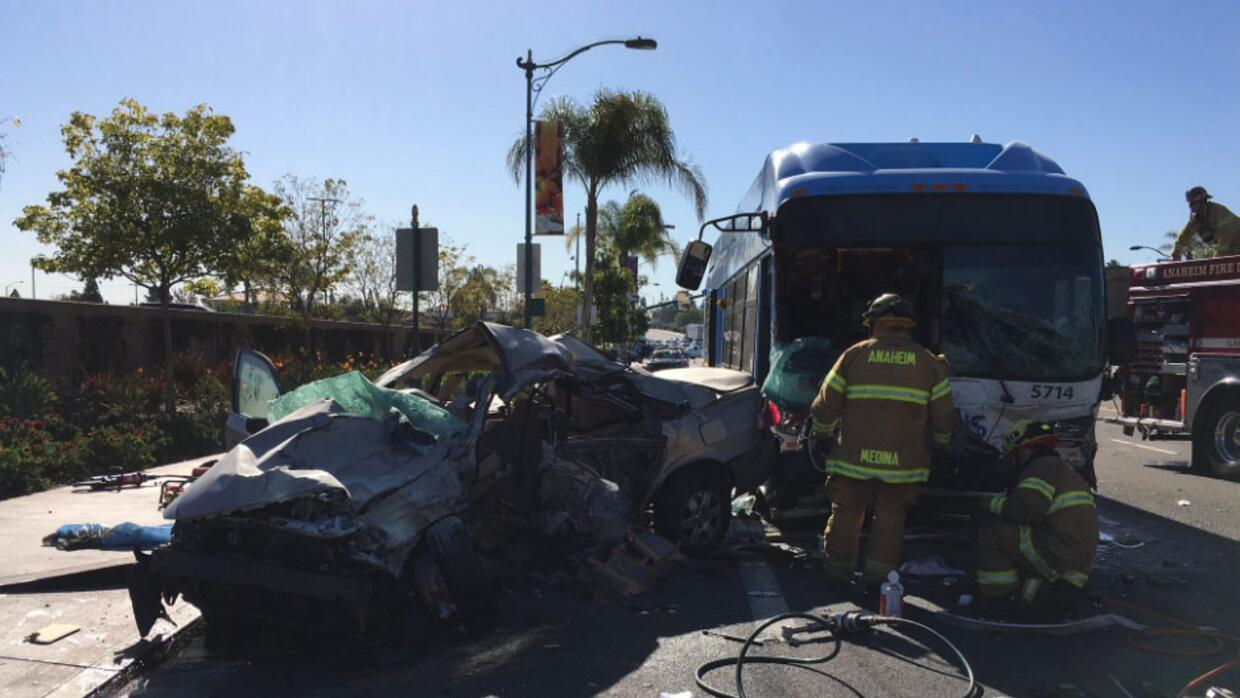 Accidente de autobús en Anaheim, California