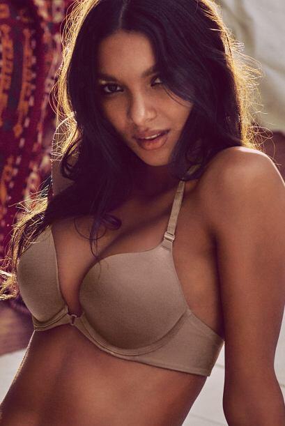 Lais Ribeiro comenzó a modelar para esta marca de lenceria en el 2010.