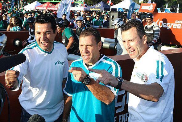 """Los """"Tres Mosqueteros"""" fueron parte del """"Fútbol Fiesta""""."""