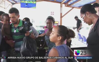 Cubanos se internan en la selva colombiana para evitar ser deportados