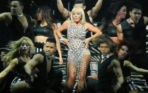 Pero ahora algo ha cambiado en la cantante, al parecer estaría dispuesta...