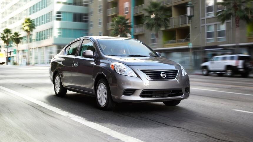 Estos son los autos con el mayor índice de mortalidad en EEUU Nissan-Ver...