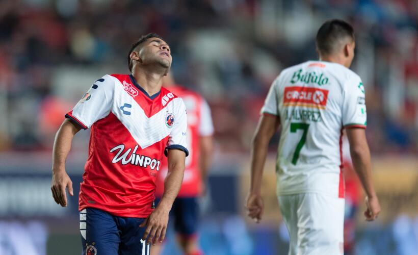 Djaniny brilló y Santos se quedó con el triunfo en su casa ante Lobos 20...