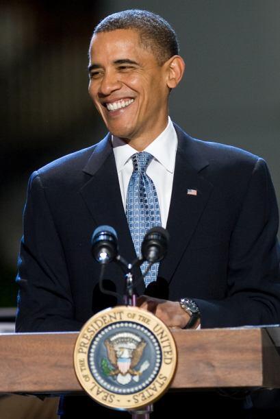 """El presidente Barack Obama se reunió el jueves con un grupo de """"hispanos..."""