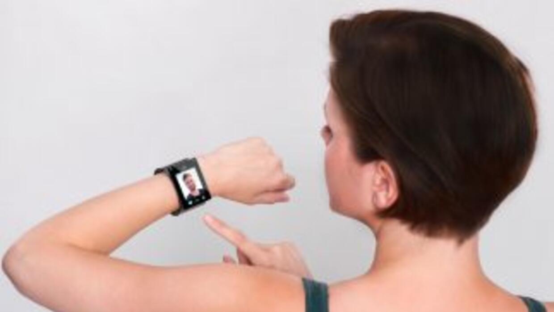 Con funciones similares a las de un teléfono móvil, los relojes intelige...