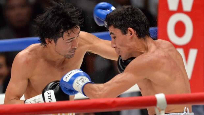 La izquierda de Shinsuke Yamanaka hizo estragos en Alberto Guevara.